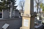Grób prof. Andrzeja Karpińskiego i jego żony