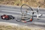 Potrącenie rowerzysty na DW 993 w Nowym Żmigrodzie