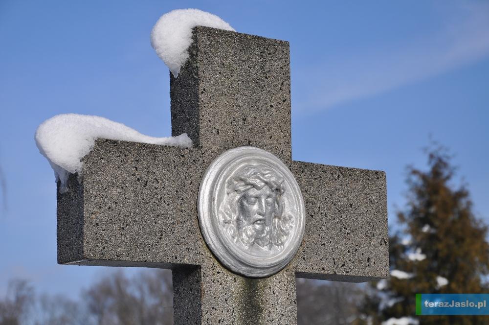 cmentarz20150201-055
