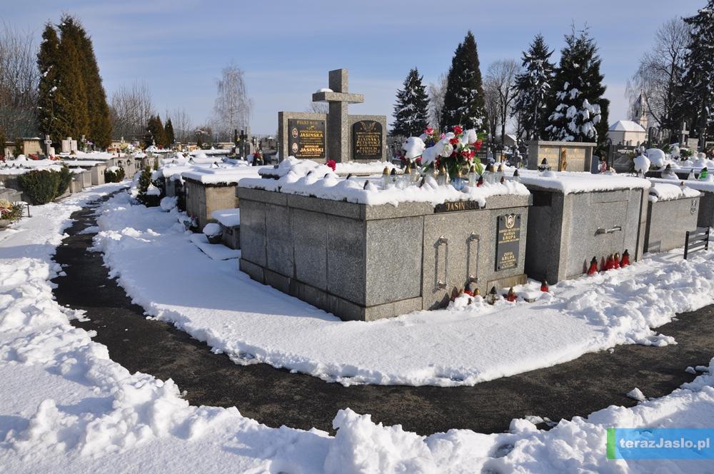 cmentarz20150201-056