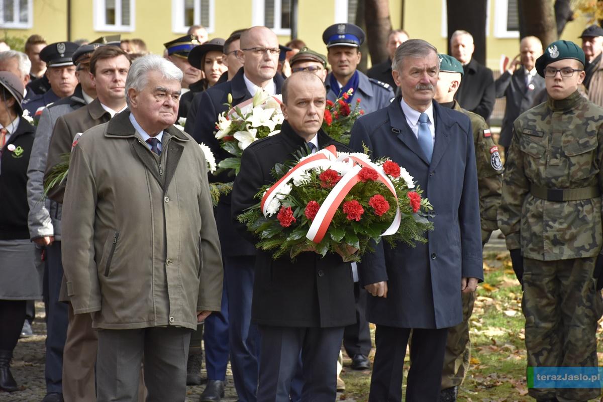 http://www.terazjaslo.pl/foto/swieto-niepodleglosci-2019/11.11.19_53.JPG