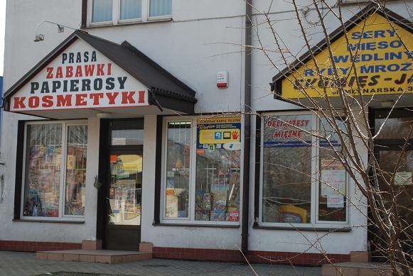 To w tym sklepie na ulicy Baczyńskiego doszło do napadu (fot. Damian Palar)