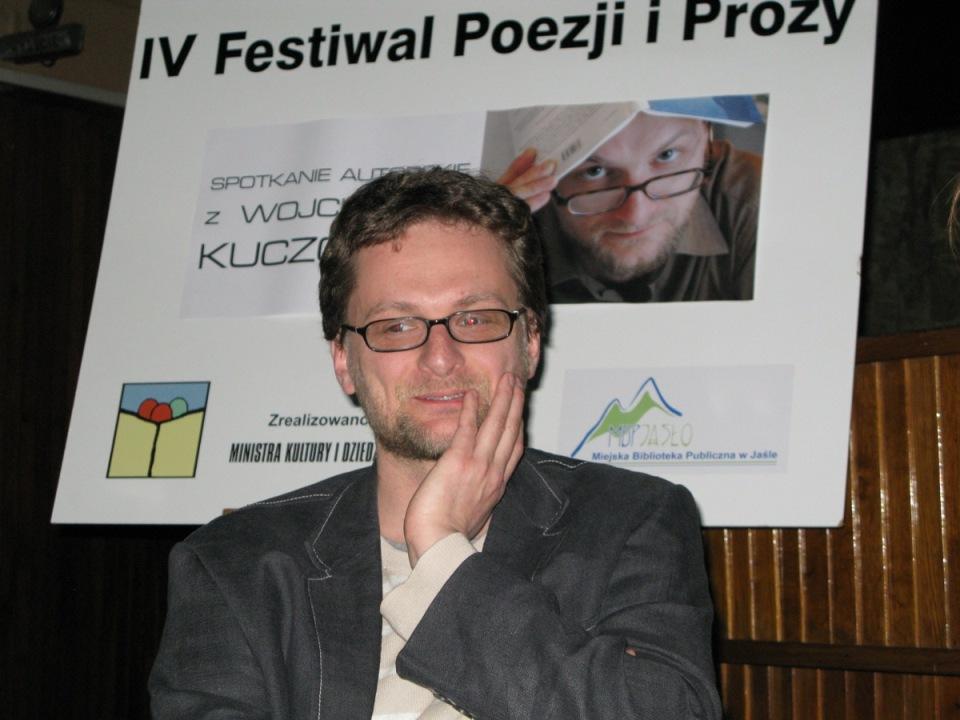 Spotkanie autorskie z Wojciechem Kuczokiem (fot. MBP w Jaśle)