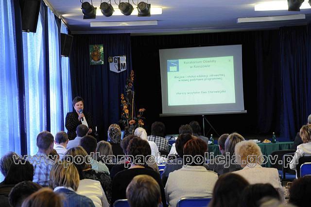 Konferencja w ZSM nr 3 w Jaśle (Fot. KPP w Jaśle)