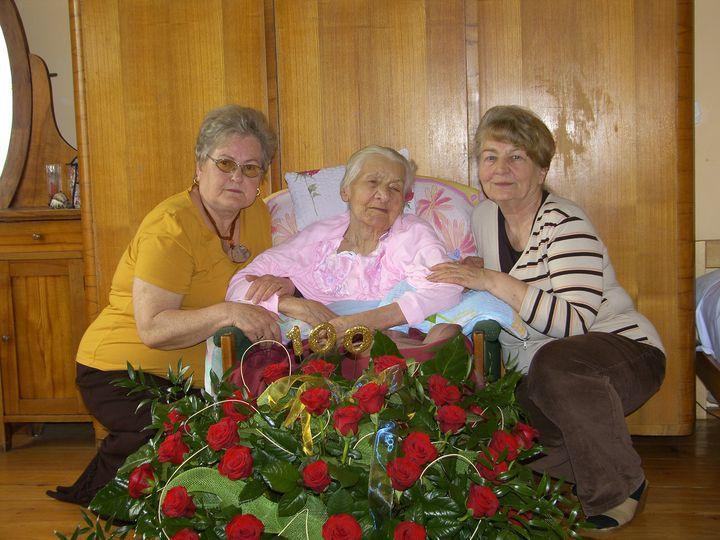 Szanowna Jubilatka w gronie rodziny, fot. archiwum