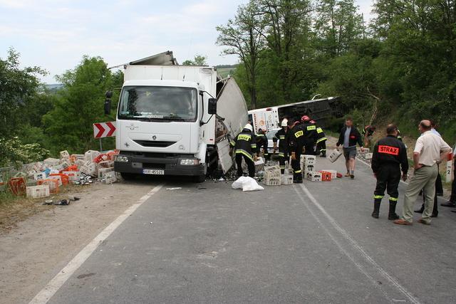 Wypadek autokaru z krośnieńskimi licealistami w 2007 roku. Fot. archiwum Policji