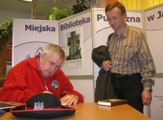 Spotkanie z Romanem Frodymą. Fot. Miejska Biblioteka Publiczna w Jaśle