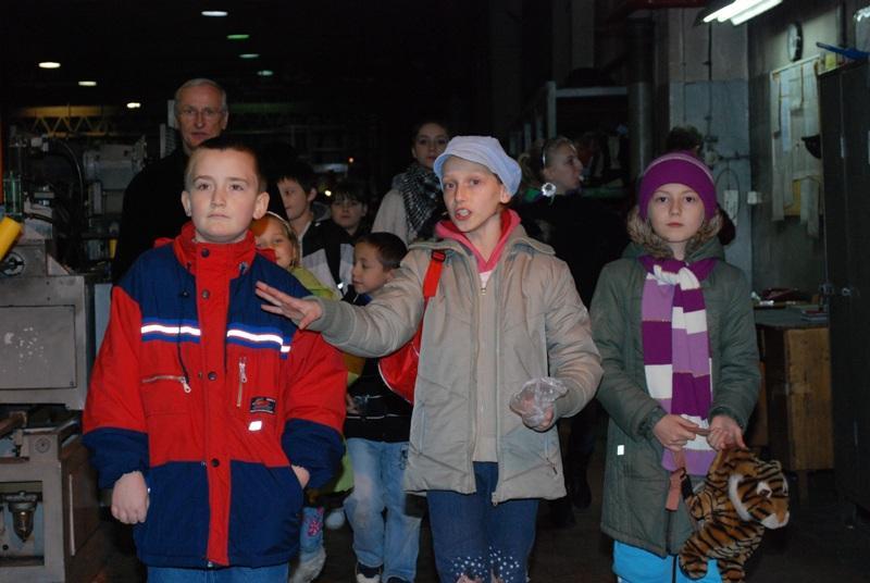 Dzieci z wizytą w jasielskim Gamracie. Fot. Damian Palar / terazJaslo.pl