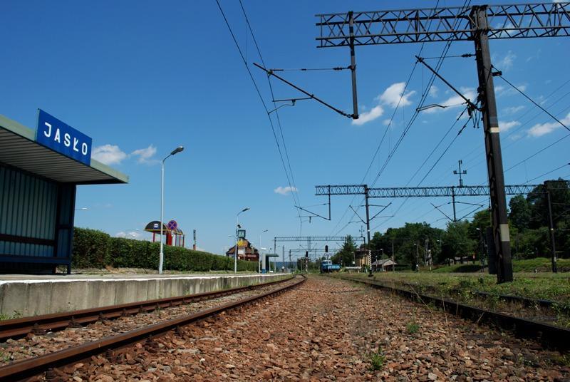 Linia kolejowa w Jaśle. Fot. terazJaslo.pl / Damian Palar