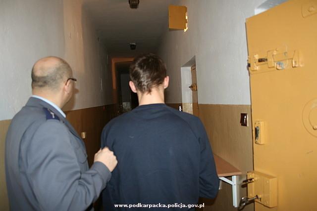 Jeden z zatrzymanych włamywaczy. Fot. KPP w Jaśle