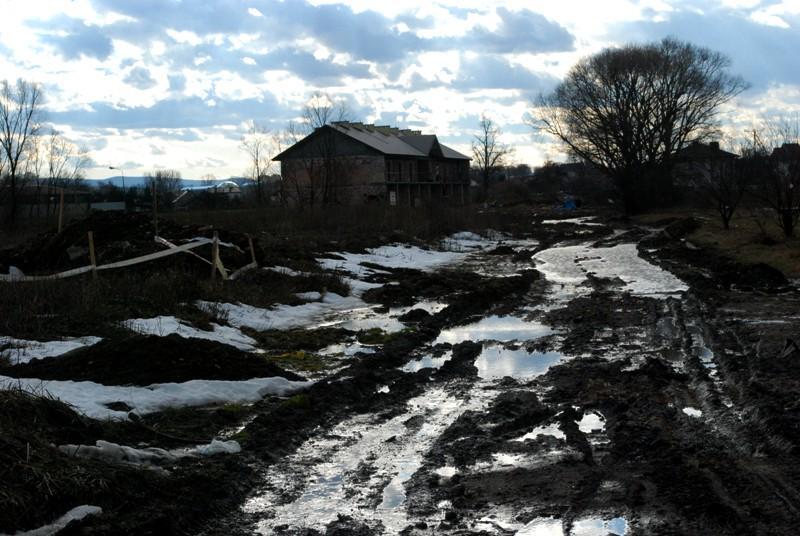 W tym miejscu powstanie nowa droga. Fot. terazJaslo.pl / Damian Palar