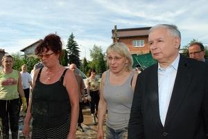 Prezes PiS na osiedlu XX-lecia. Fot. Damian Palar / terazJaslo.pl
