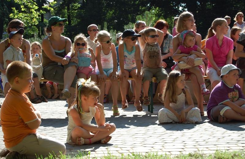 Spektakl w Parku Miejskim. Fot. Jasielski Dom Kultury