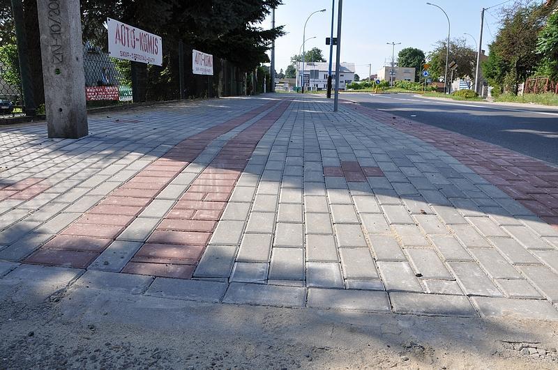 Wyremontowany chodnik na 17 Stycznia. Fot. UMJ