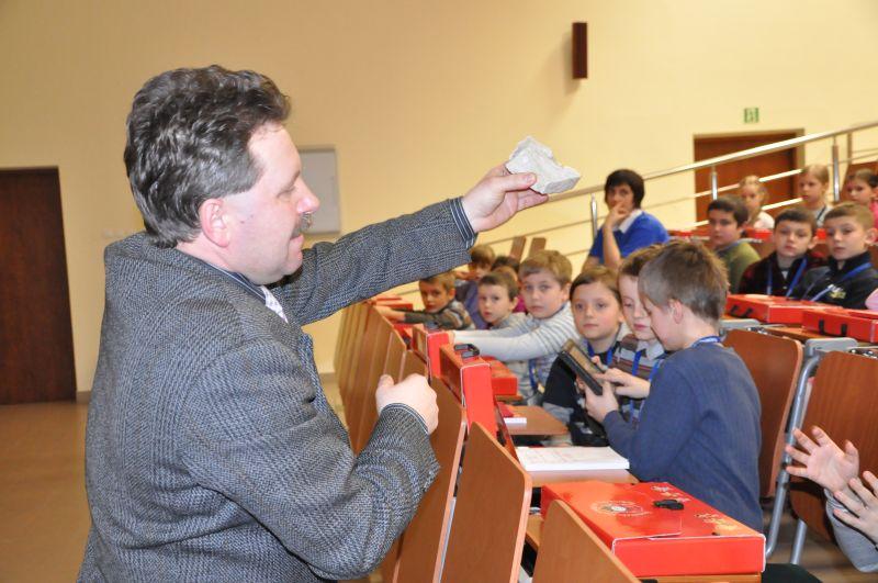 Wykład Mariusza Świątka na Juniwersytecie. Fot. UMJ