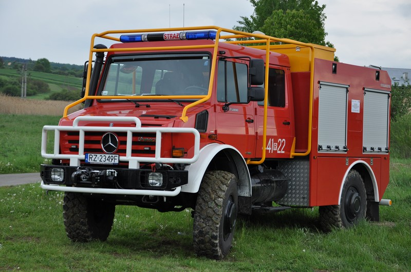 Mercedes UNIMOG jasielskich strażaków