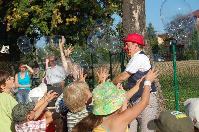 Wakacyjny Czwartek Artystyczny na osiedlu Bryły