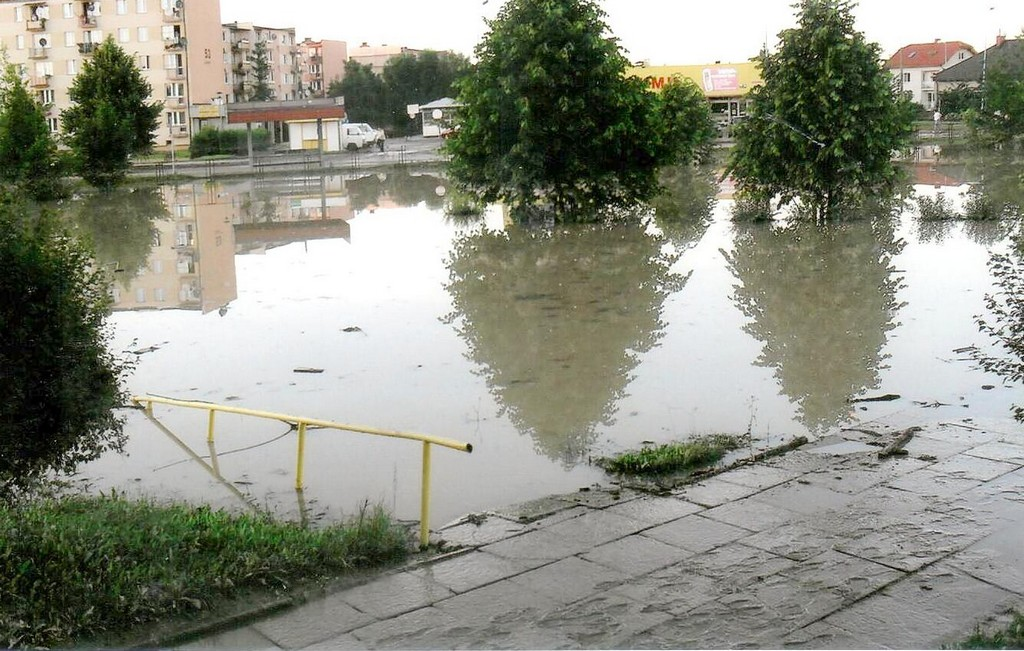Plac zabaw po powodzi