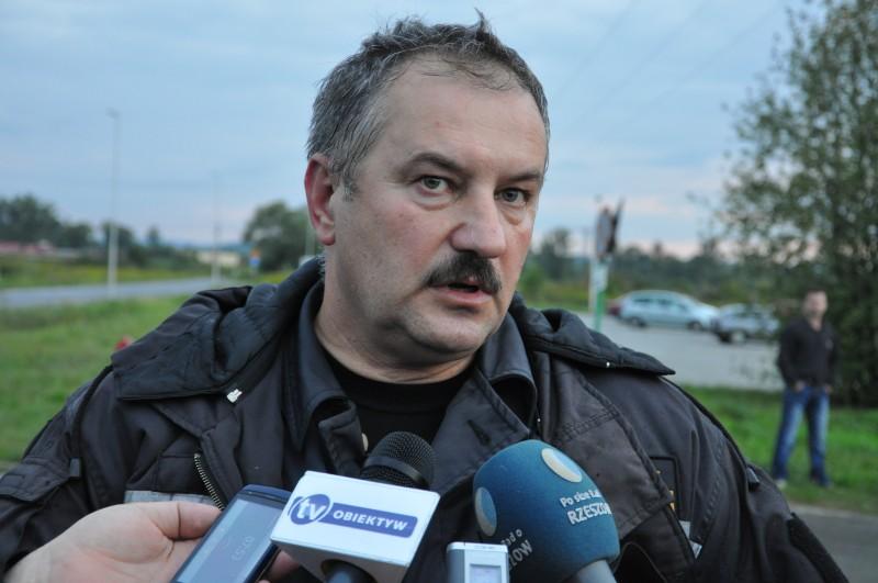 Komendant powiatowy PSP w Jaśle st. bryg. Wiesław Latoszek