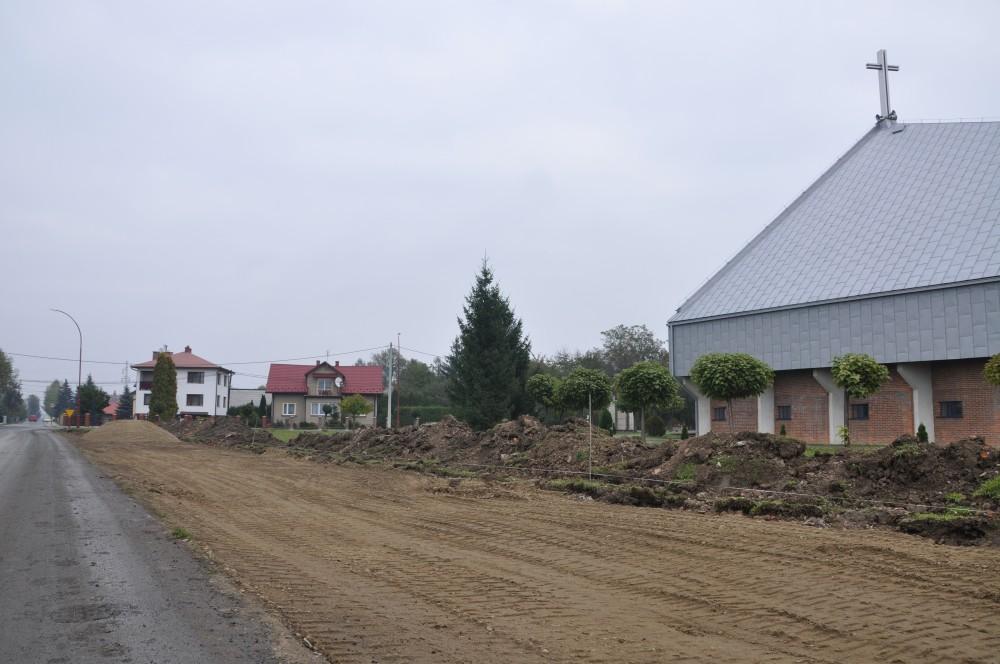 Budowa zielonego parkingu przy ulicy Słonecznej