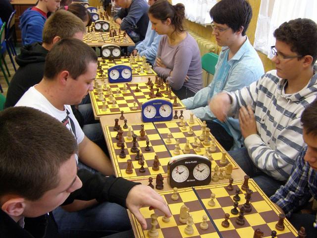 Szkolne mistrzostwa powiatu w szachach
