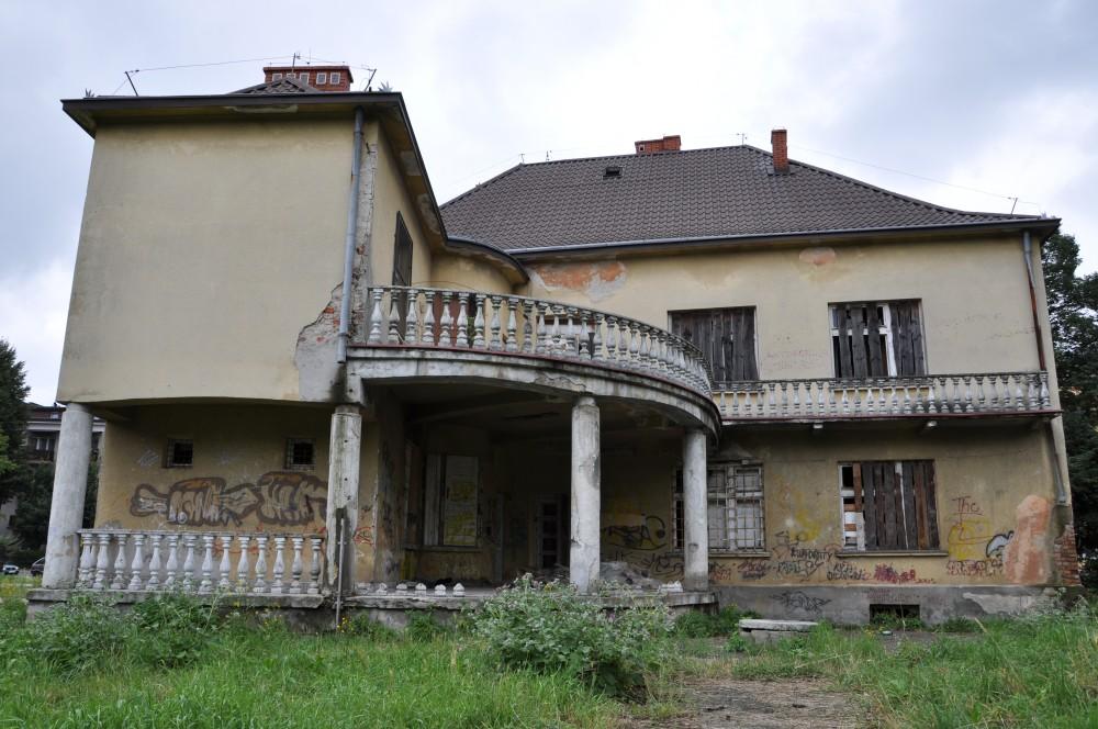 Budynek byłego przedszkola kolejowego w Jaśle