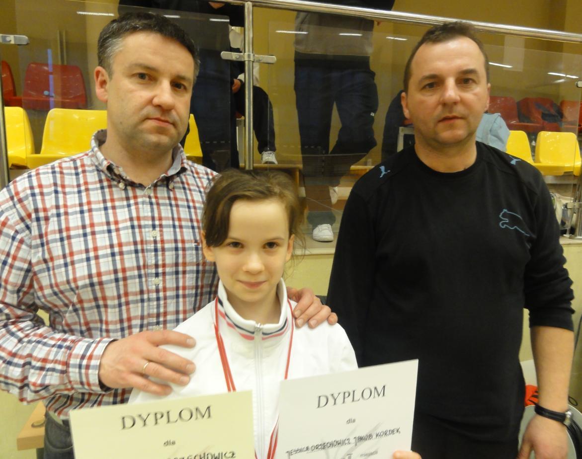 Młoda badmintonistka z Tarnowca