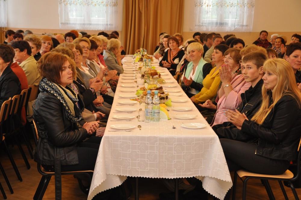 III Powiatowy Dzień Matki w Warzycach