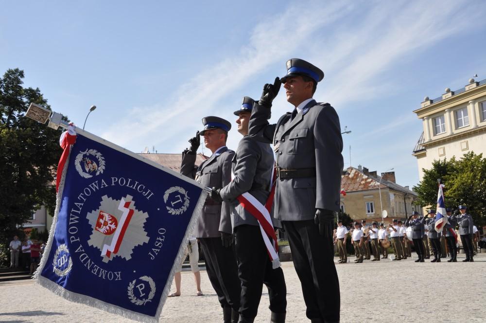Wręczenie sztandaru dla jasielskiej Policji
