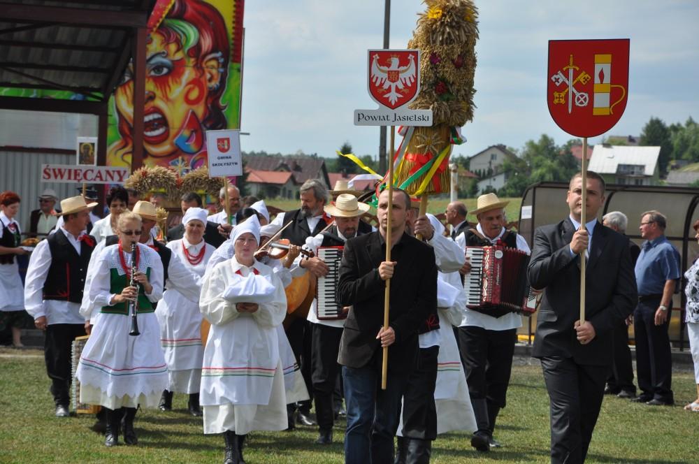 Dożynki Powiatu Jasielskiego 2013 w Skołyszynie