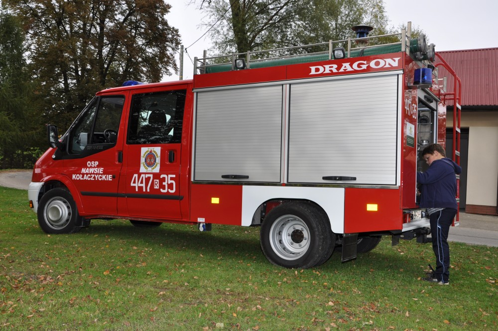 Nowy lekki samochód ratowniczo-gaśniczy OSP Nawsie Kołaczyckie