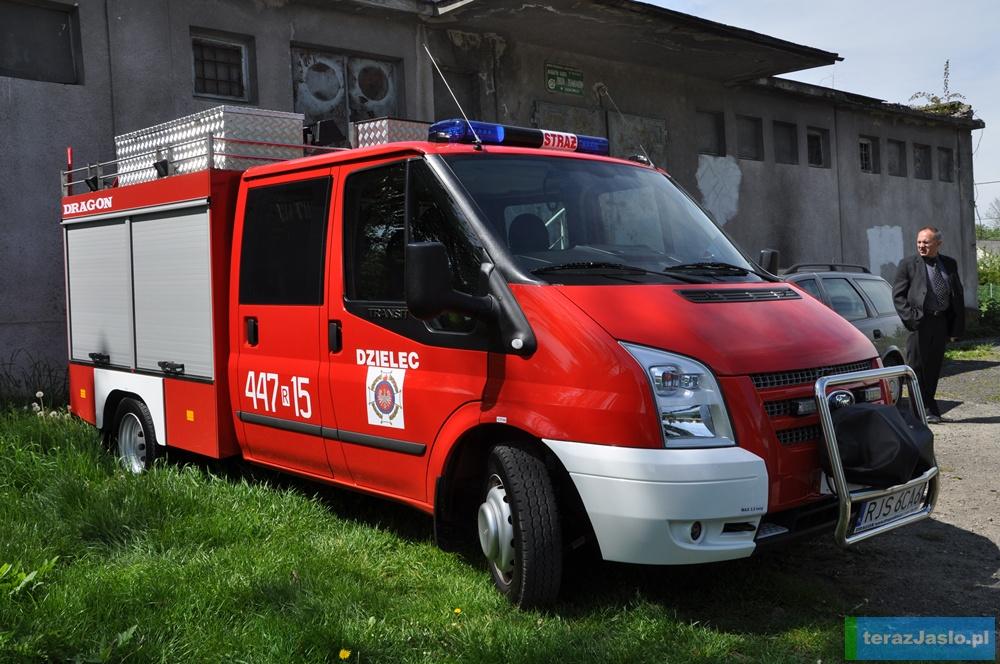 Nowy samochód OSP Dzielec. Fot. © terazJaslo.pl / DAMIAN PALAR