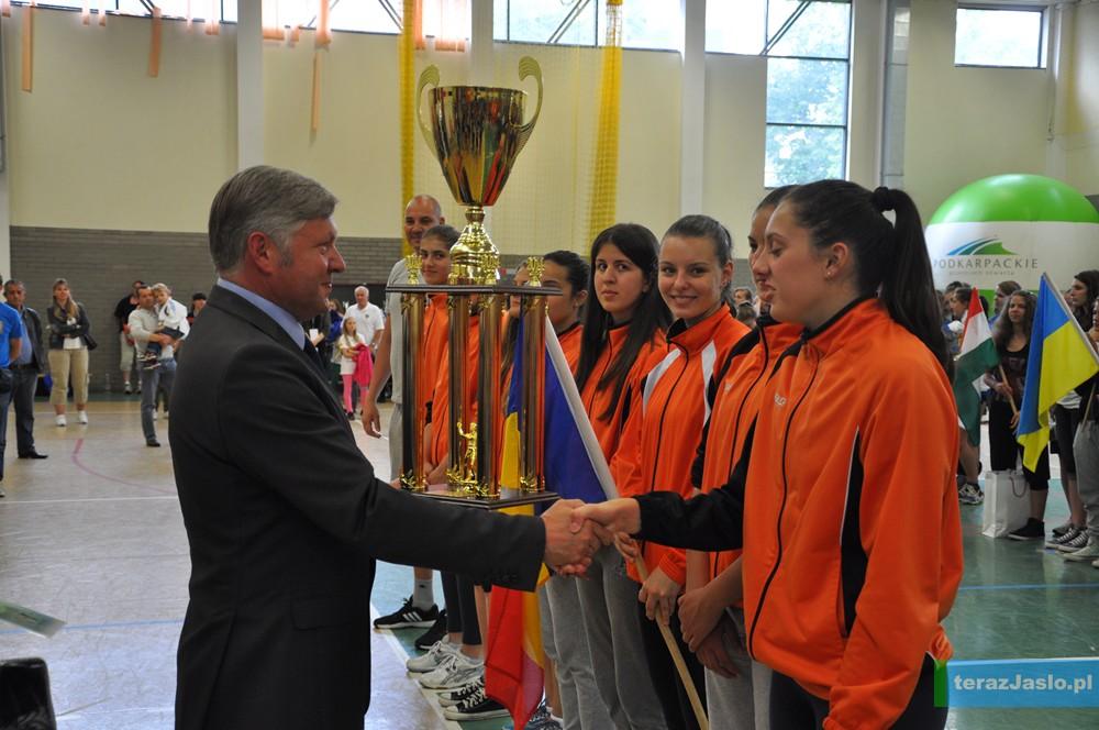 Rumunki drugi rok z rzędu najlepsze w turnieju siatkówki. Fot. © terazJaslo.pl / DAMIAN PALAR