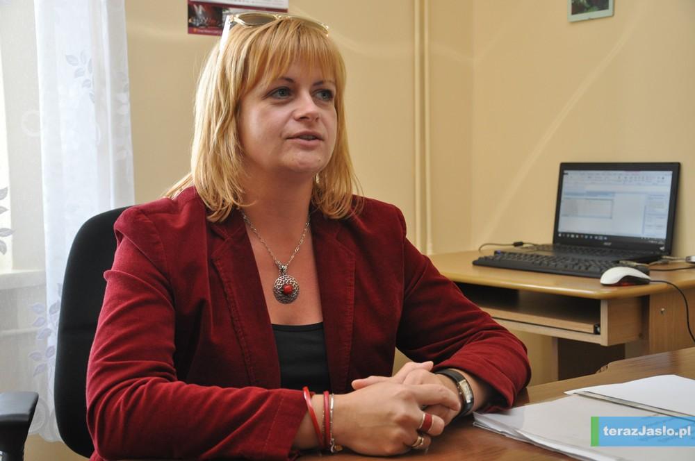 Aneta Kowalkowska, p.o. dyrektor Liceum Ogólnokształcącego w Nowym Żmigrodzie. Fot. © terazJaslo.pl / DAMIAN PALAR