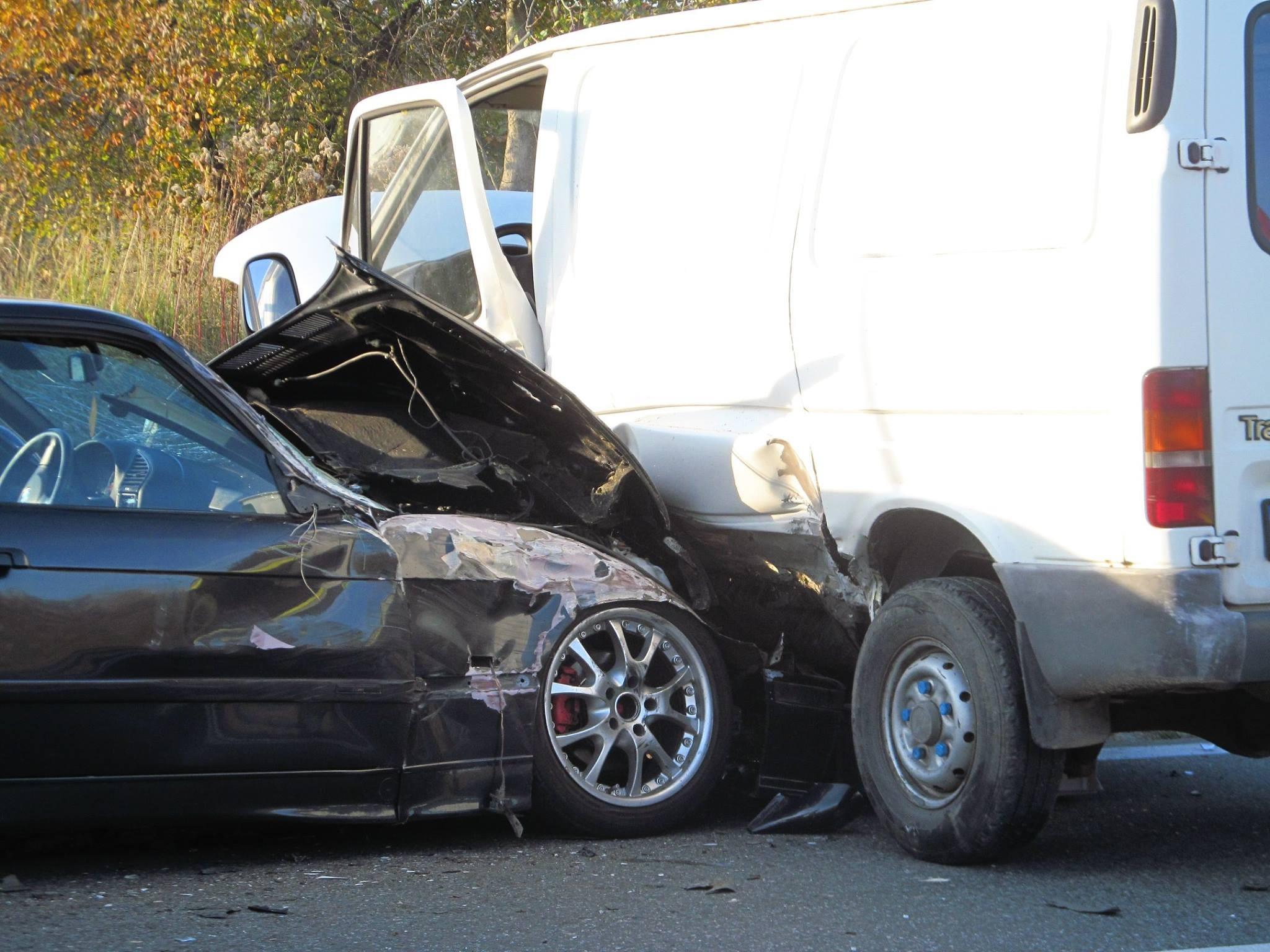 Wypadek w Warzycach (1 listopada). Fot. © terazJaslo.pl / Marcin PAŁAC