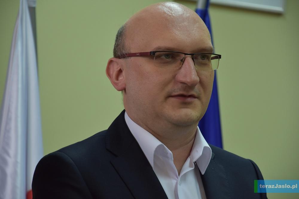 """Piotr Kudłaty, prezes stowarzyszenia """"Kopernik"""". Fot. © terazJaslo.pl / Damian PALAR"""