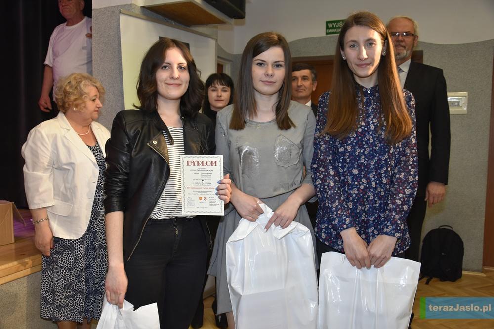 Zwycięzcy w kategorii szkół ponadgimnazjalnych. Fot. © terazJaslo.pl / Damian PALAR