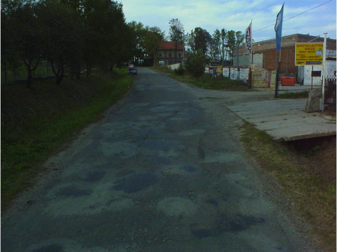 Fragment drogi powiatowej nr 1880R Załęże – Wola Dębowiecka – Dębowiec. Fot. © Starostwo Powiatowe w Jaśle